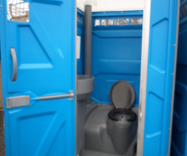 Chemical Portable Toilet